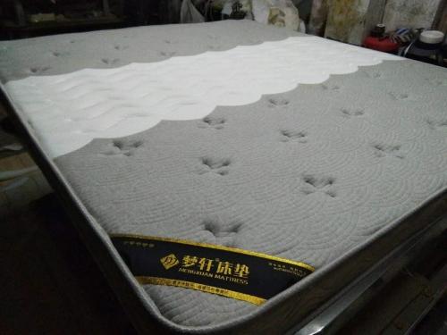 梁山梦轩床垫